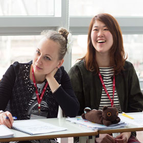 Lexis Korea students in class