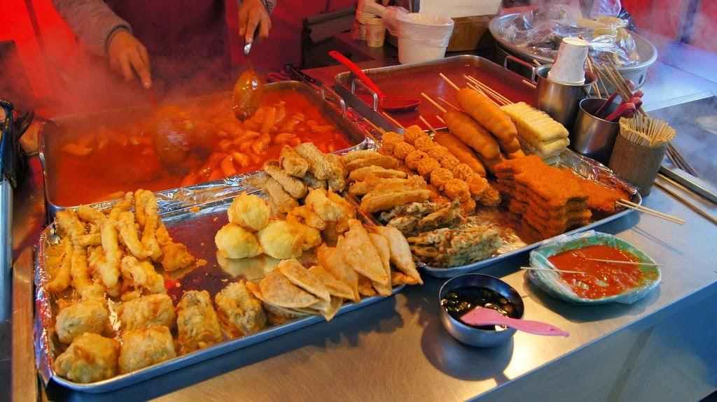 Street-food-Korean-bunsik