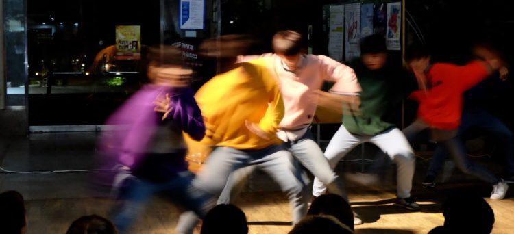 Street-Performance-Dancers