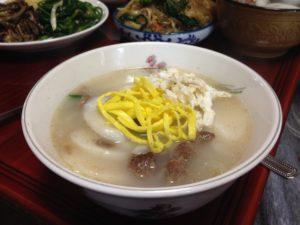 winter foods - tteokguk